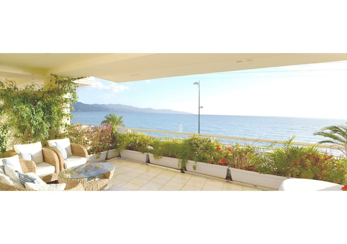 New luxury apartment - amazing view on the beach - Kalamata - Daire
