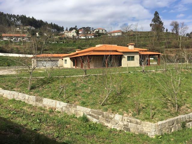 Beautiful house in nature - Close to Porto - Porto - Villa