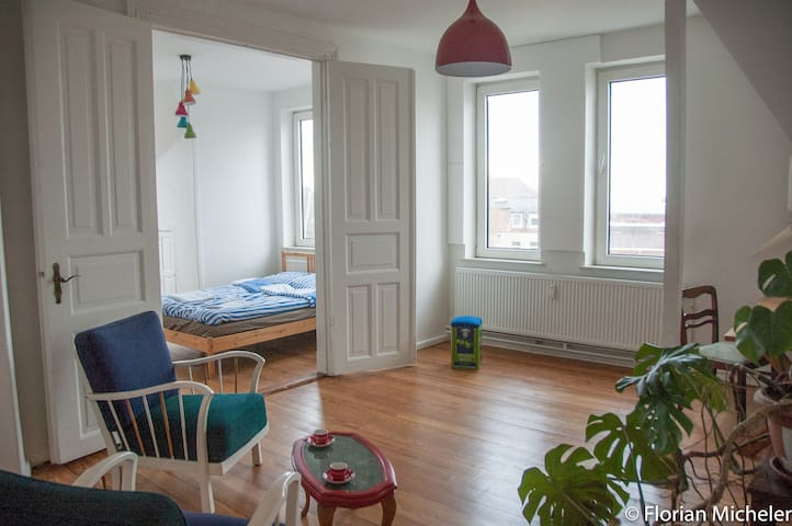 2 bright rooms with a view - Flensburg - Appartement