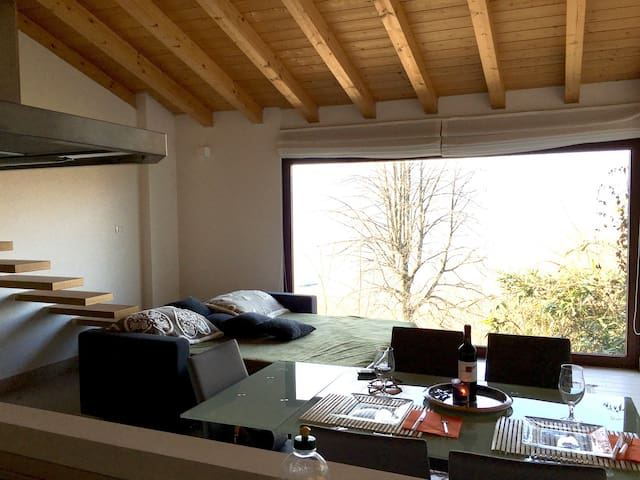 Charming 2BD apartment in ISPRA, VA - Ispra - Leilighet