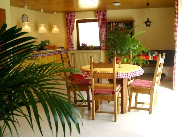 My rooms are ready for you and you are welcome! - Kranenburg - Bed & Breakfast