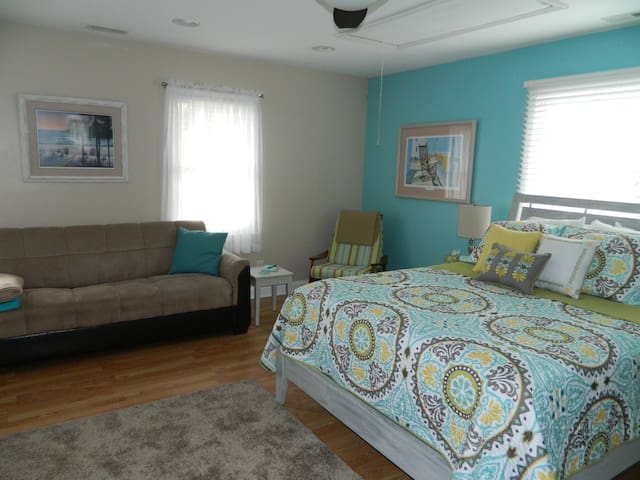 Spacious private getaway for two!!! - Ocean Isle Beach - Casa