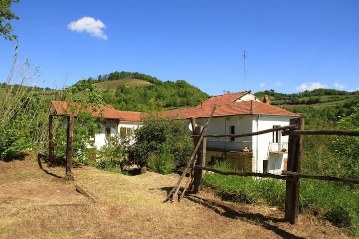 Ferien im Grünen - Bubbio - Apartment