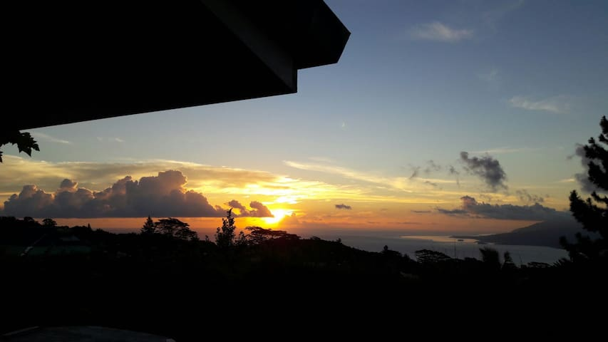Hauteur presqu'ile Tahiti - To'ahotu - Casa