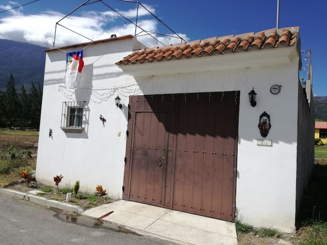 Casa San Miguel great location!!! - San Miguel Dueñas - Huis