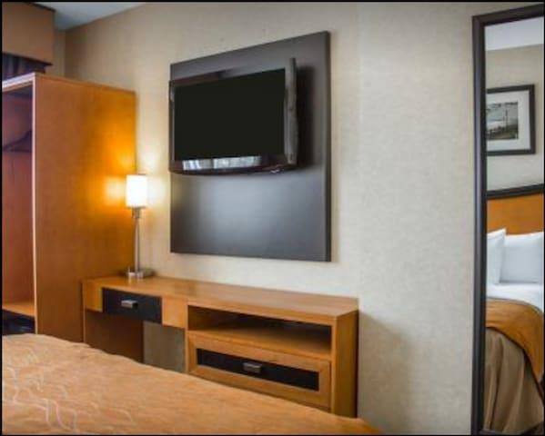 Hotel Room in Trendy Neighborhood! - New York