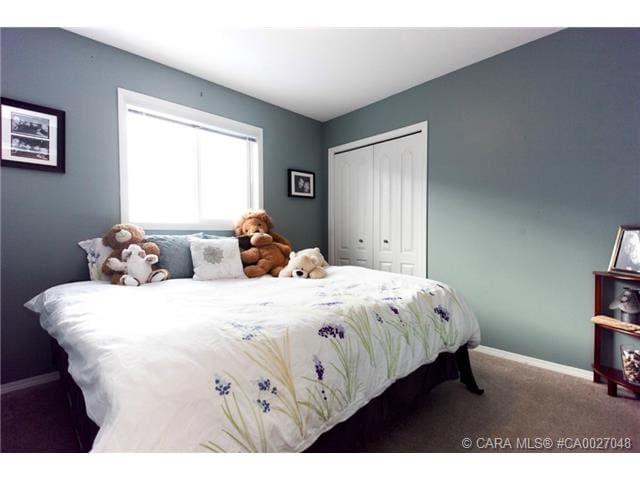 Cozy Bedroom in Inglewood. - Red Deer - 獨棟