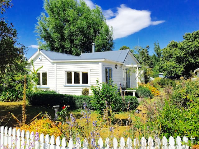 The Ploughman's Cottage - Bay of Islands - Pakaraka - Ev