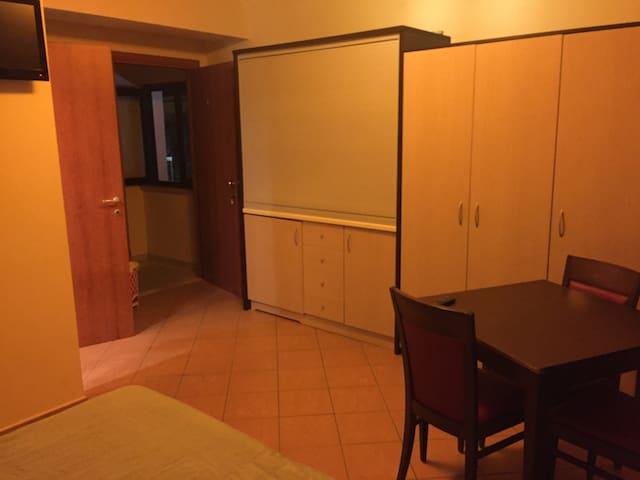grazioso monolocale - Catanzaro - Квартира