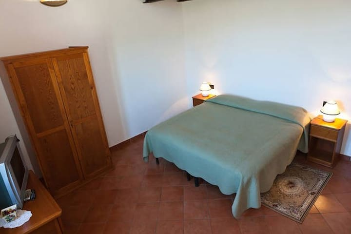 Camera con Mansarda - Vicopisano - Bed & Breakfast