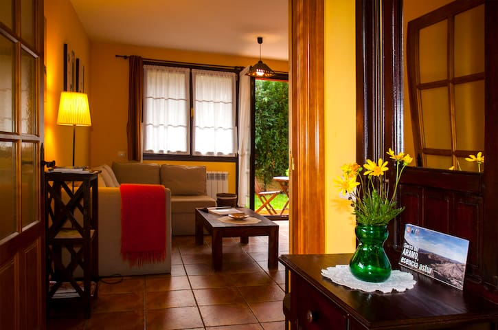 Apartamento Rural ,  A 7km  de Oviedo. - Argame - Leilighet
