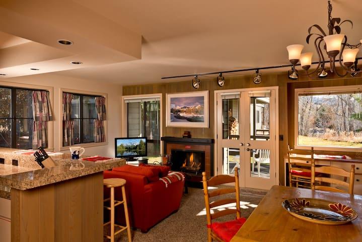 Sun Valley Condo w/ Resort Access!! - Сан-Вэлли - Квартира