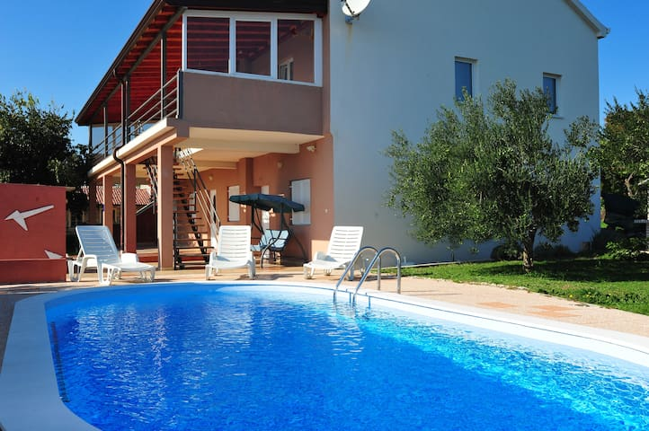 Holiday House Nadin - Zadar - Hus