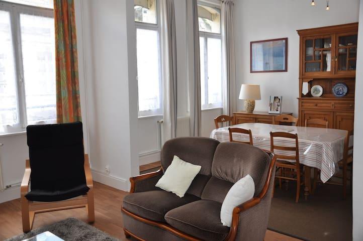 Grand appartement à Saint-Omer. - Saint-Omer - Lägenhet
