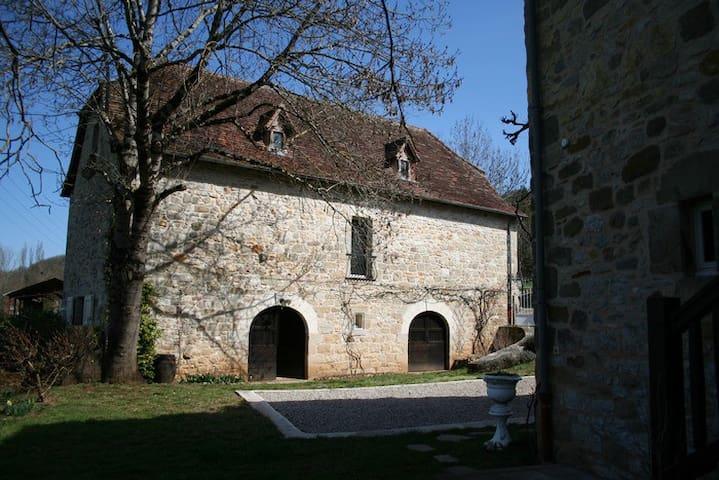 grand gite - Balaguier-d'Olt - Natuur/eco-lodge