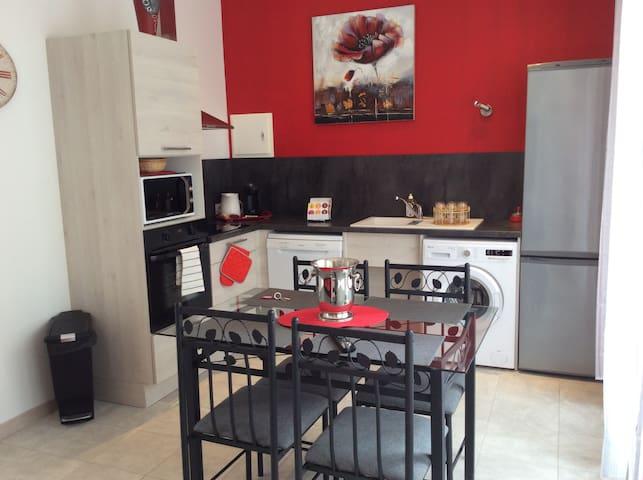 APPARTEMENT T2 NEUF   REZ DE CHAUSSÉE - Sainte-Colombe - Lägenhet