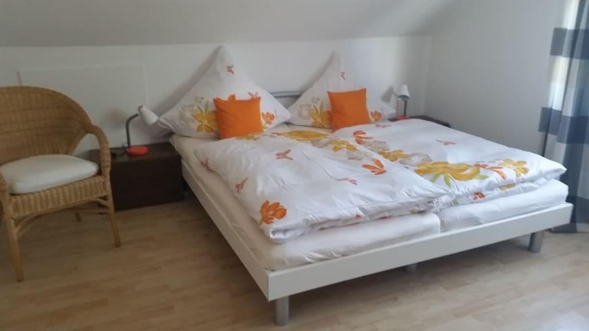 Gemütliches Zimmer mit Terrasse - Bad Saulgau