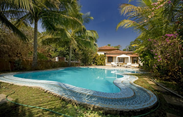 Full service villa with private pool, quiet place - Aldona - 別墅