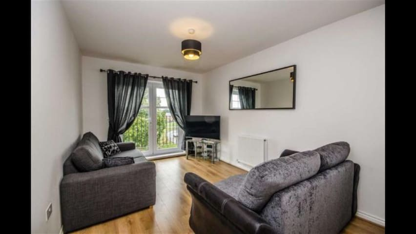 Modern two bed apartment nr Chester - Penyffordd - Huoneisto