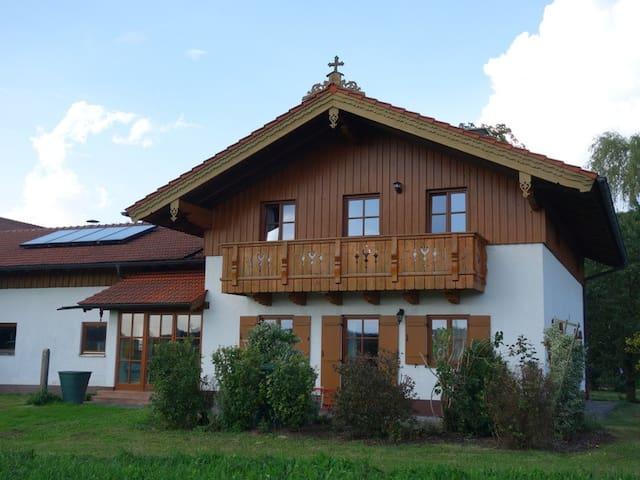 Haus am Hof  -  Wohnung unten - Kirchseeon - Appartement