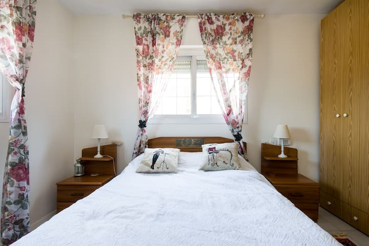 Nice room- near haifa and nazareth - Kiryat Tiv'on