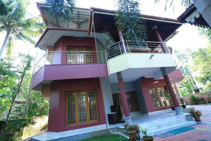 The Edappaly Home - Kochi - Huis