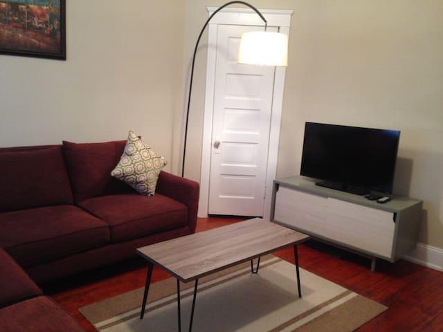 Beautifully renovated 2 bed Home - Bethlehem