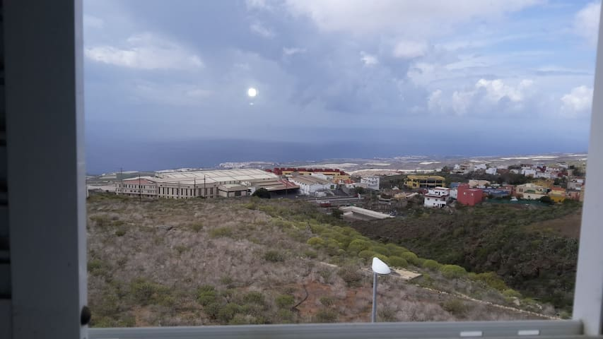 Penthouse with huge terrace and views to La Gomera - Guía de Isora