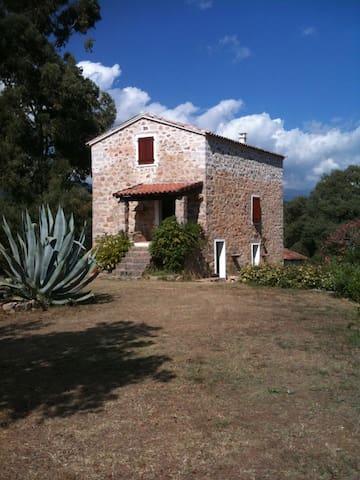 Maison en pierre de caractère - Carbuccia - Rumah