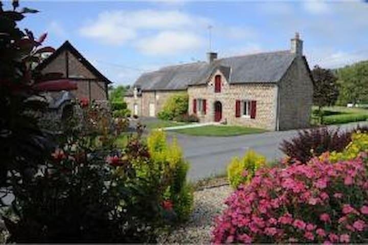 Gite des portes de Bretagne - La Selle-en-Luitré - Villa