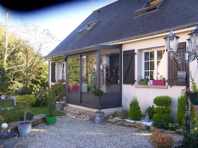 maison calme avec jardin - BREST - Casa