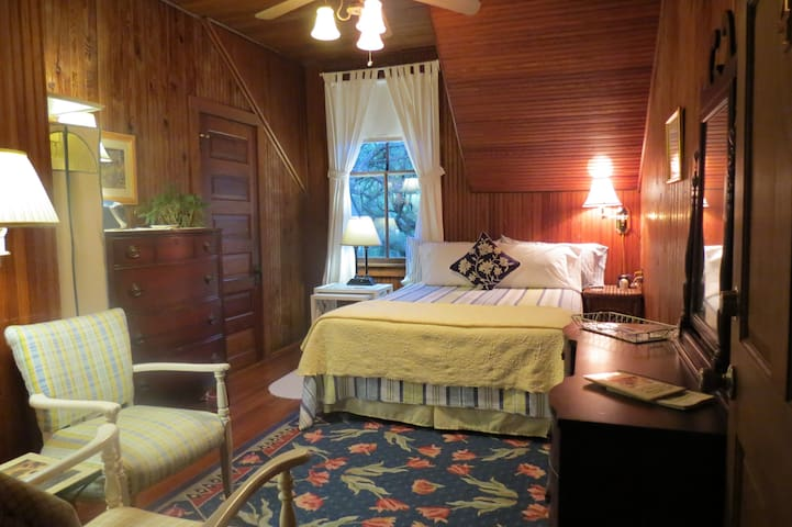 Magnolia Springs B&B Worthington Queen Bedroom - Magnolia Springs - Pousada