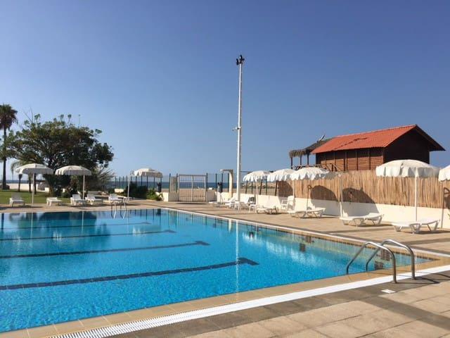 "Seaside Magical Beach Resort  "" THE HIDDEN GEM"" - Nahr El Kalb - Stadswoning"