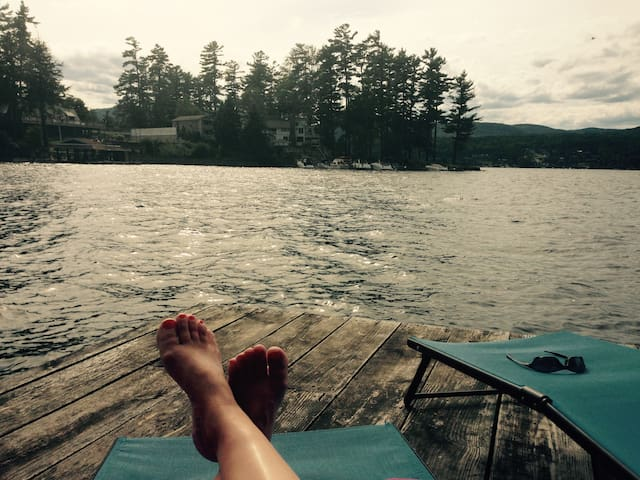 Cozy Cottage on Lake George with Dock - Queensbury - Appartement