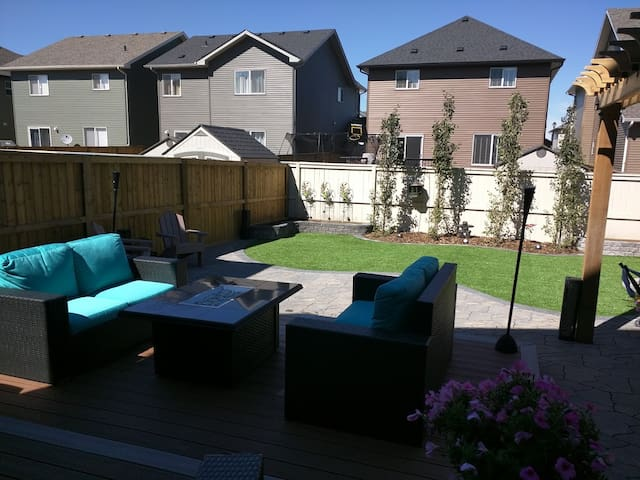 Your Luxury Home Awaits.. - Airdrie