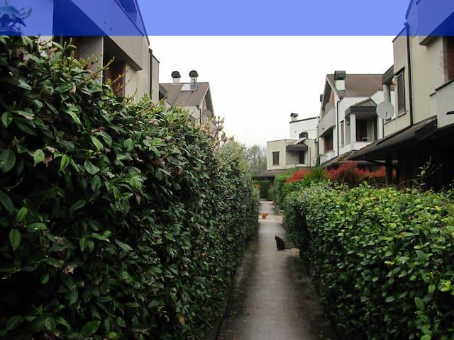 SECRET ESCAPE BLUE - Monza - Huis