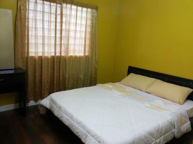 BUDGET HOUSE ON MT KINABALU - Kundasang - 一軒家