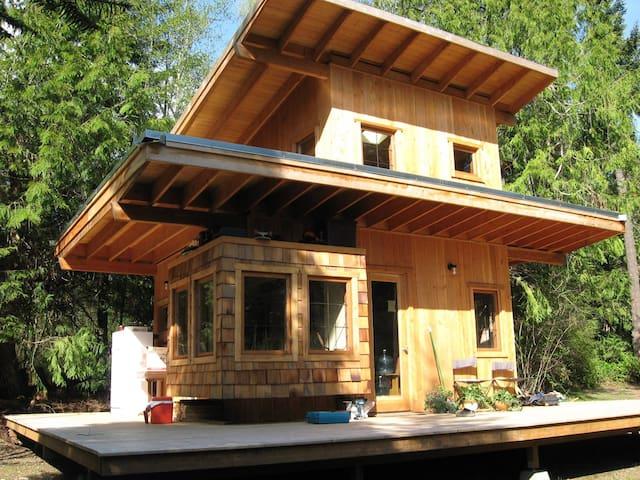 Cedar Meadow Cabin - Истсаунд - Бунгало