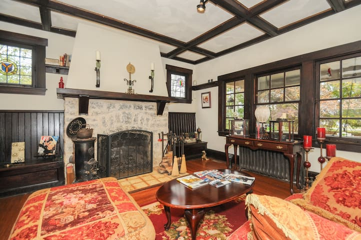 charming private old farmhouse - Moorestown - Huis