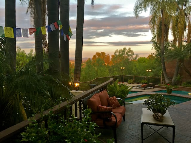 Grand Suite in a beautiful villa with view - 拉古納山(Laguna Hills) - 獨棟