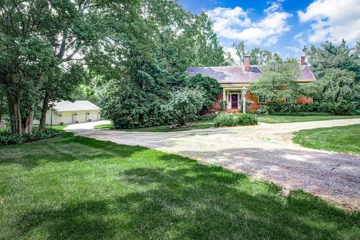Country Estate in Pleasantville - Pleasantville