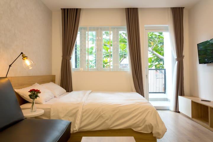 #08 Studio with balcony near city center & airport - Ho Chi Minh City - Apartemen