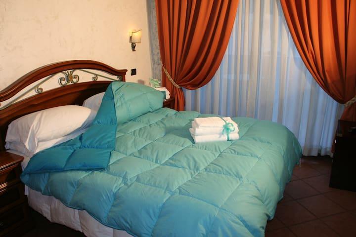 2 BED  ROOMS  SUITE  APARTMENT - Isola Sacra - Apartamento