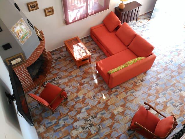 Casa con Encanto en La Aldea de Chulilla - Валенсия - Дом