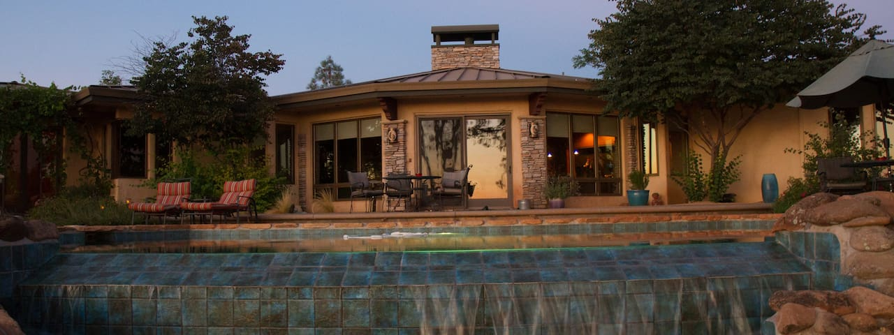 Sun Dog Ranch, A Custom Home with Stunning Views - Chico - Vila