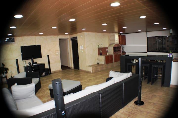 Amazing Apartment in Jdeideh - Jdeideh - Appartement