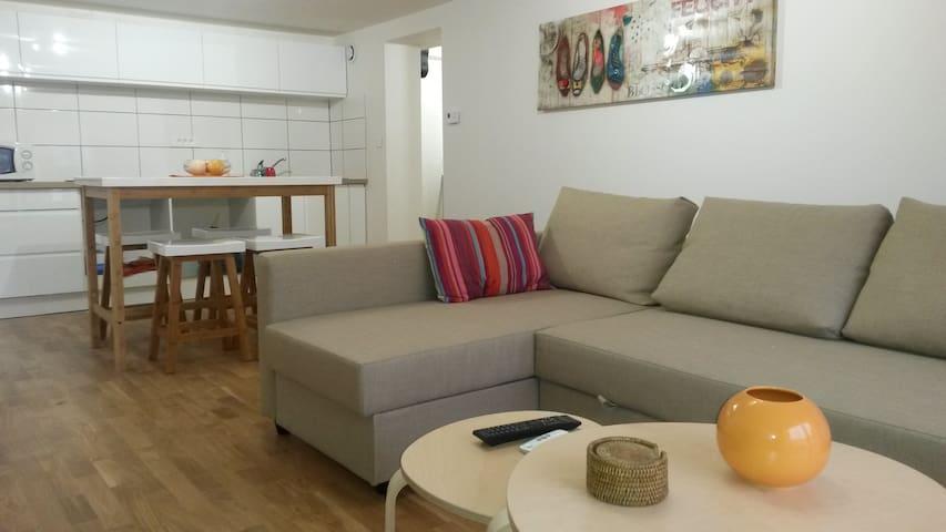 appartement tt équipé proche Metz - Courcelles-Chaussy - Wohnung