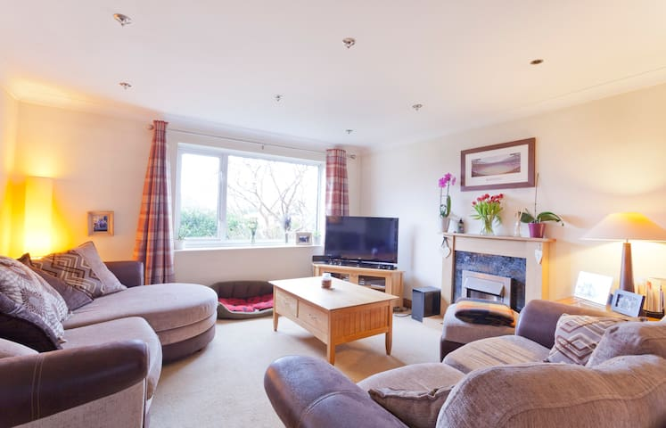 Windlesham Family Home - Windlesham - Casa