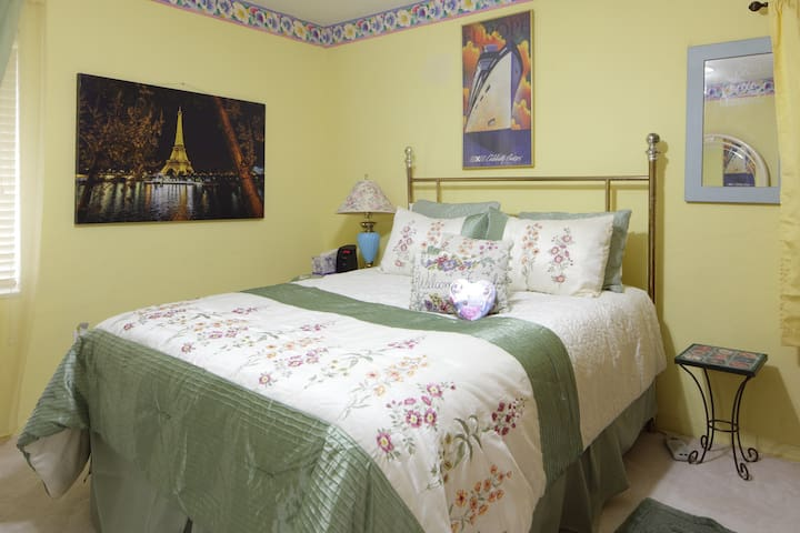 Luxuriance By the Bay. - Miami Shores - Bed & Breakfast