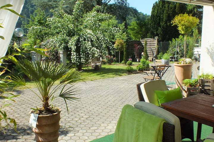 York Cottage Garden - Traben-Trarbach - Leilighet